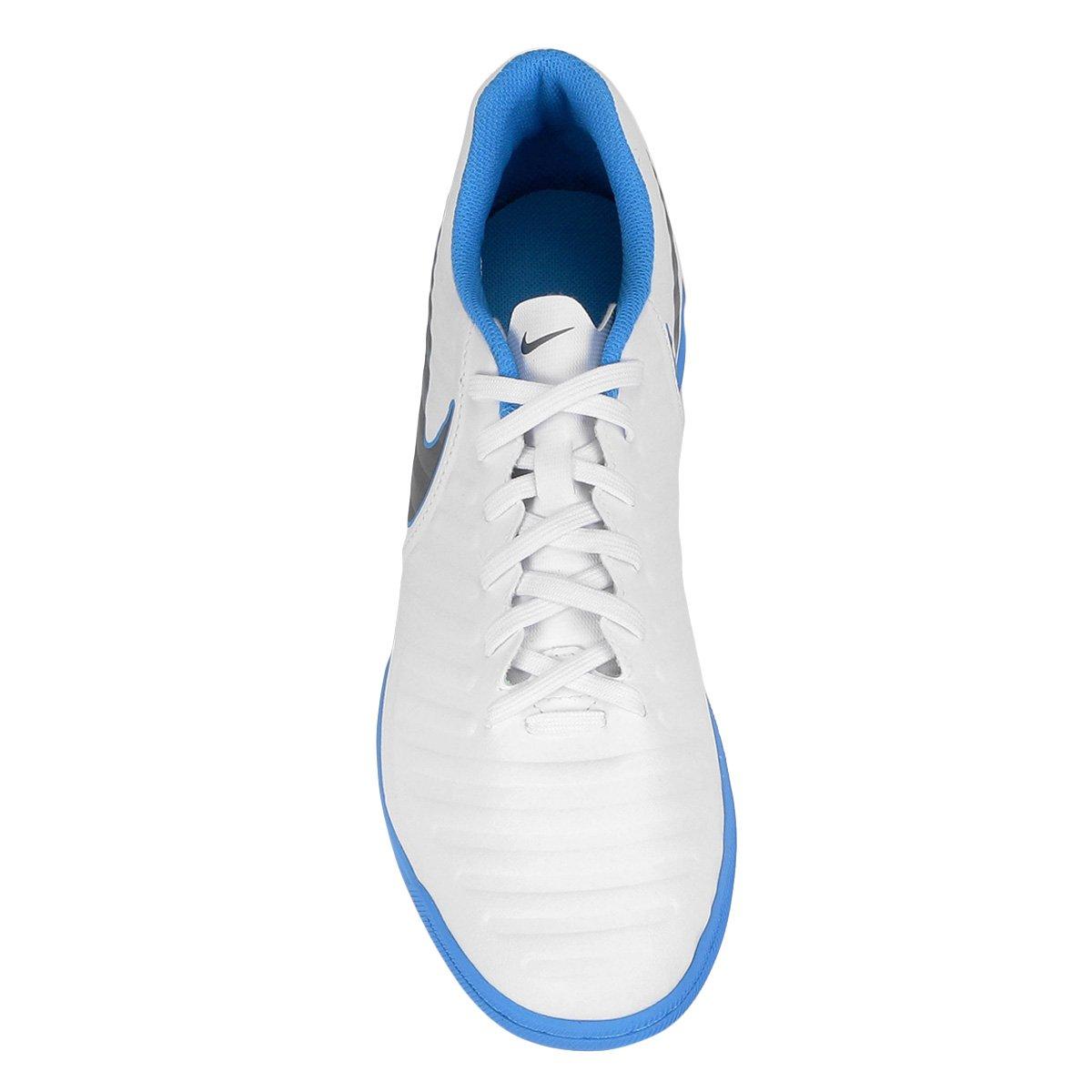 Chuteira Nike Tiempo LegendX 7 Club IC White/Mtlc Cool Grey – Blue Hero